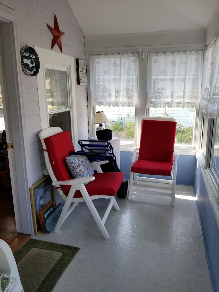 Swift's Beach area cottage