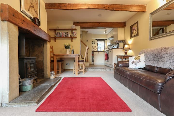 Moorside cottage near haworth