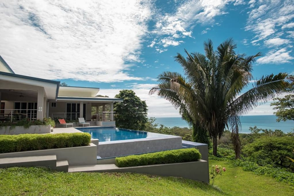 Ocean View Villa, spacious outside area, surrounded by nature
