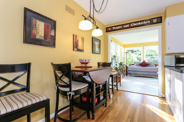 Cozy Home with Sunroom in Downtown Milford