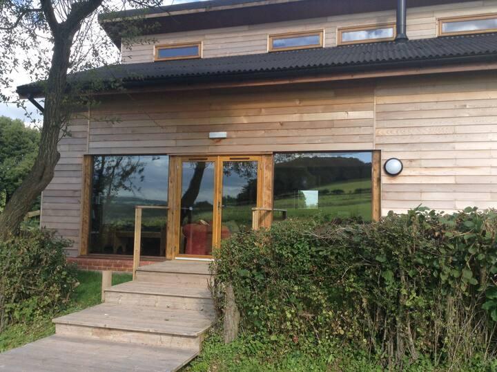Tylau Lodge - Room 1 - Outdoors@Hay - Hay on Wye