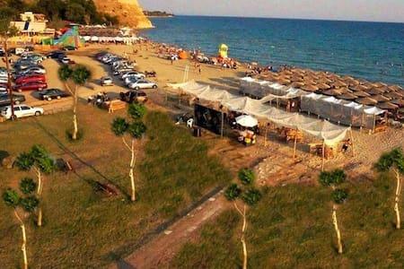 Seaside- 140 sq.m  Villa in Halkidiki