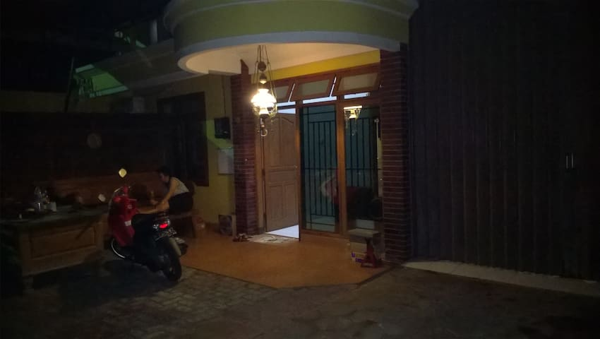 For Rent Home Semarang