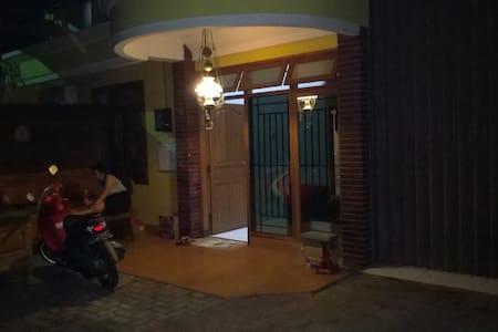 For Rent Home Semarang