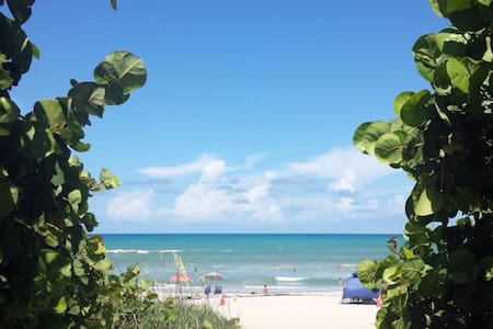Rustic Beach Cottage-Like Condo - Great Location! - Indialantic - Wohnung