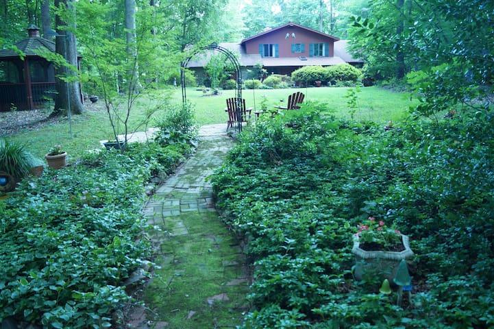 Swift Run Lodge
