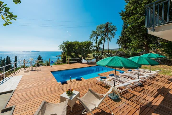Villa Hortensia-5 min walk to the beach