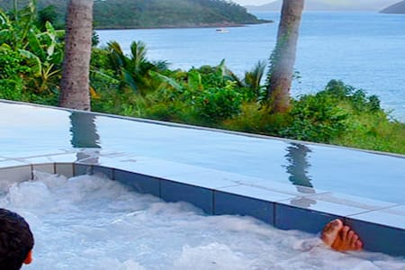 Whitsundays Airlie Beach - Best view in the world - Shute Harbour - Wohnung