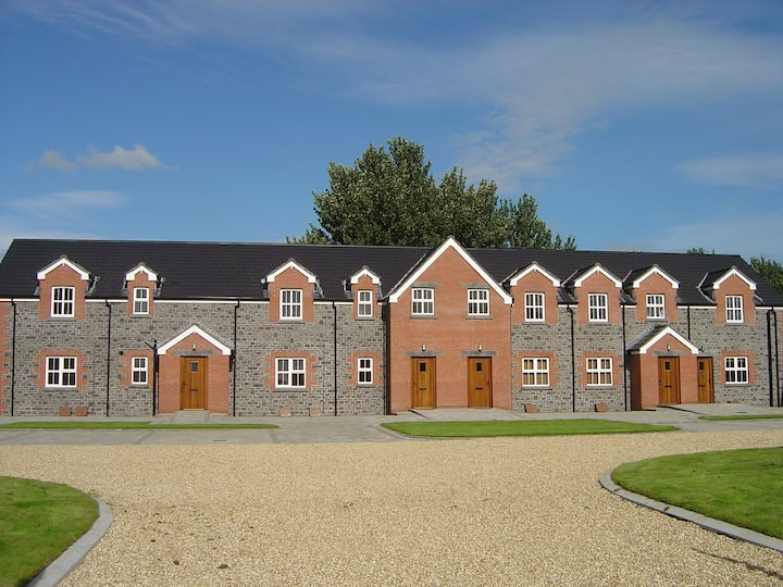 Stable Court (2 Bedroom Houses)