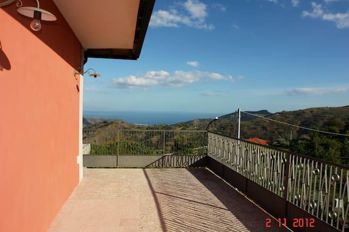 O Palmentu - elegante casa panoramica - Limina - Villa