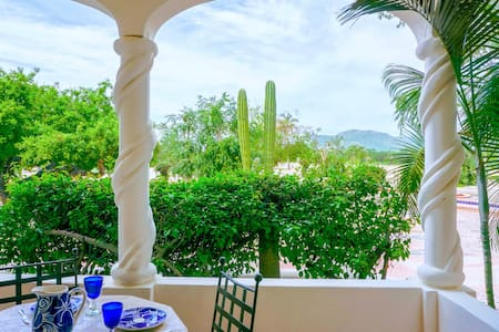 2BED Country Club w/Amenities+Terrace! Near Beach! - Cabo San Lucas - Apartemen