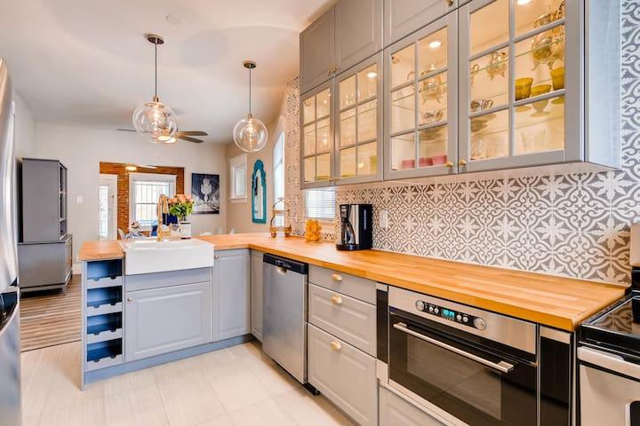 Completely modernized new kitchen