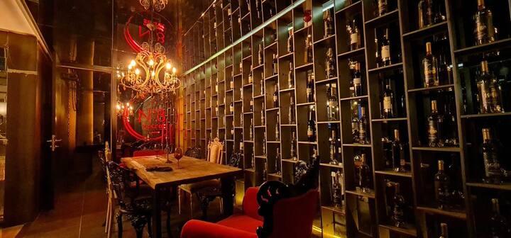 No8 Secret Wine House