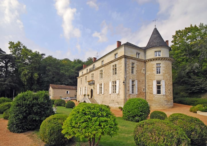 Wonderful 6 bedroom Villa in Annesse-et-Beaulieu (
