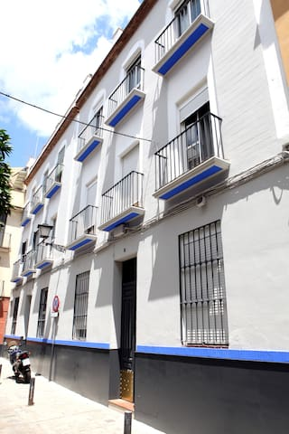 4M. Apartamento en Sevilla para vivir.