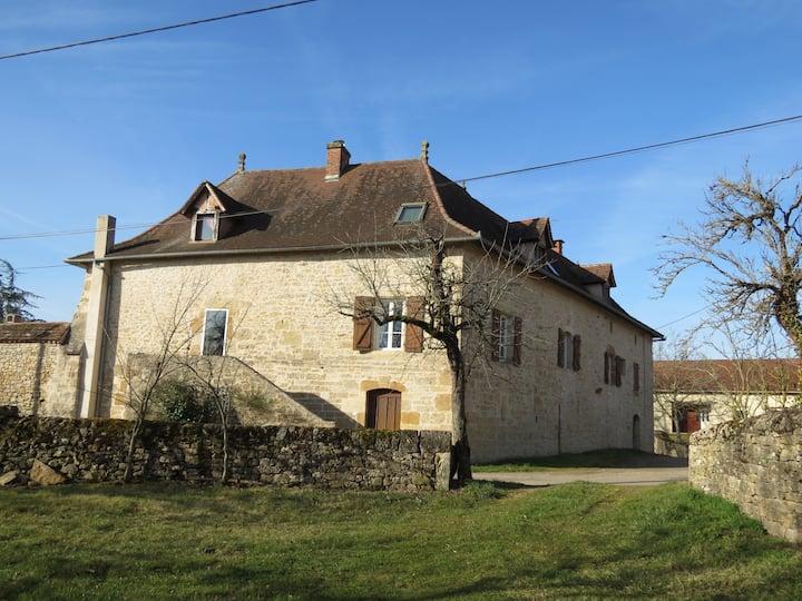 Gite en pierre Lot Figeac rocamadour Quercy