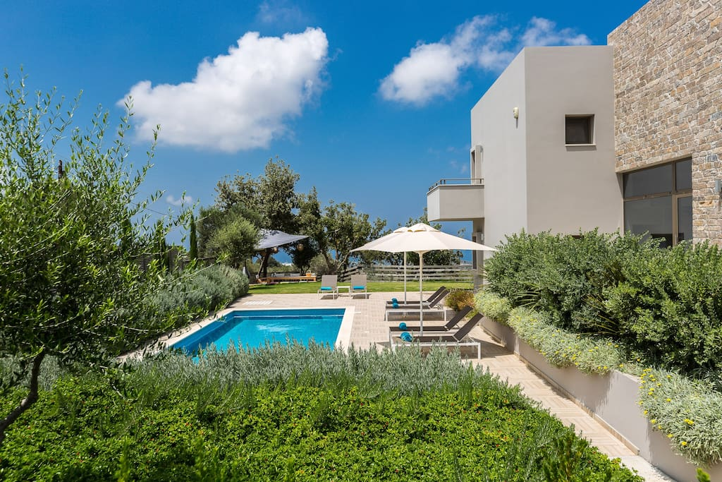 Arion Krini Villa provides total privacy to its guests!