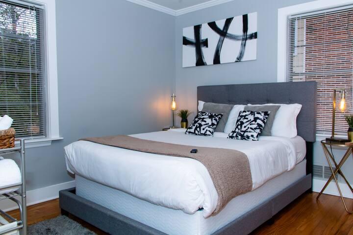 Room #2 Beautiful Brookhaven/Buckhead Luxury Stay