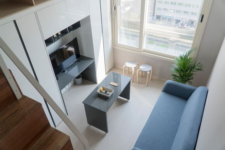 """LOFT 27"".  Brand New Apartment [청소시 소독중]"
