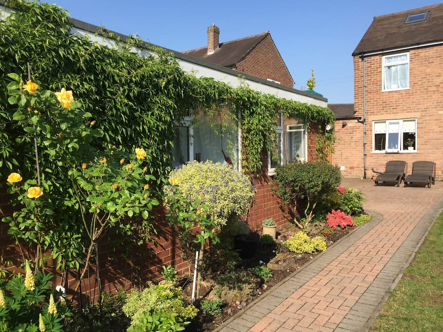 Detached from our house but located in our garden, our annexe building will provide you with all you need privacy