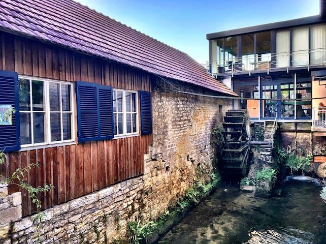 Au Moulin-zum Wasserrad-Energy Place-Art Studio