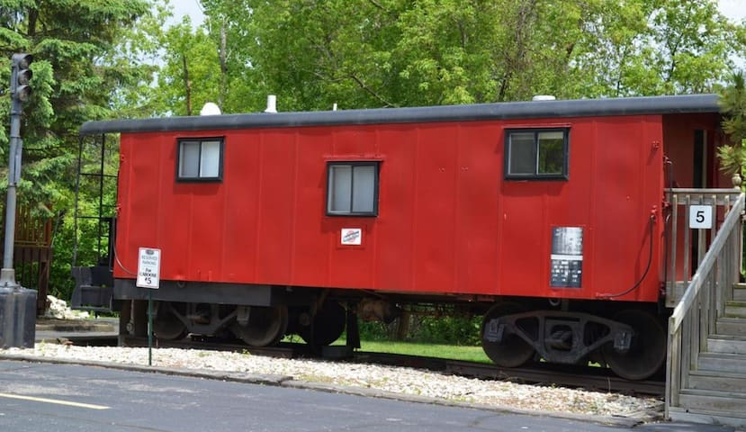 Little Red Caboose - Vacation Condo