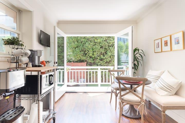 San Francisco Neighborhood Gem with Private Garden