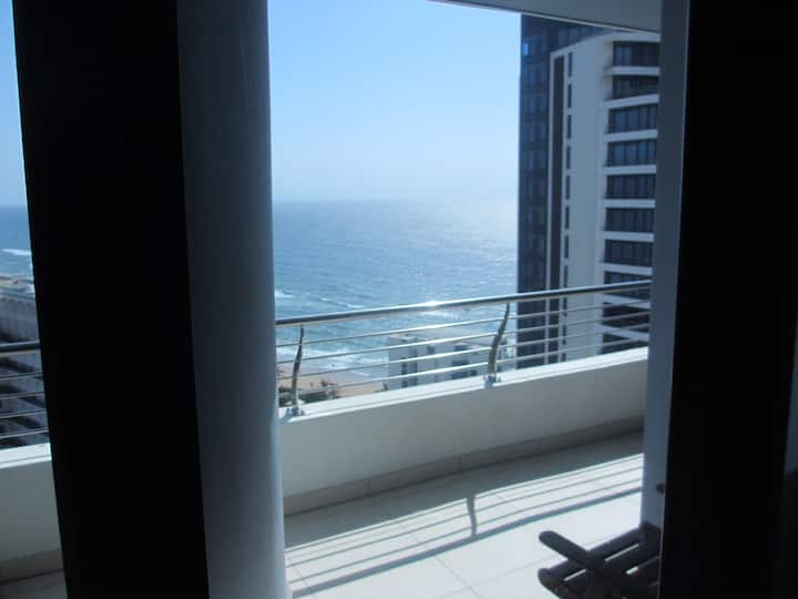 Umhlanga  Rocks - PEARL SKY-  Luxury Apartment
