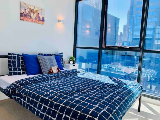 CityView bedroom-Heart of CBD-FreeTram Zone-Modern