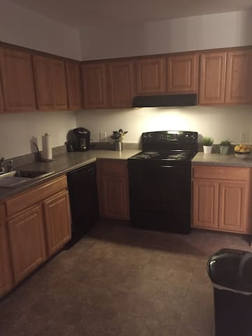 Private clean room, near DC & Balt - Crofton