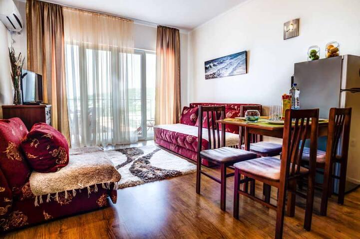 Olive Bay Classy Studio Apartment