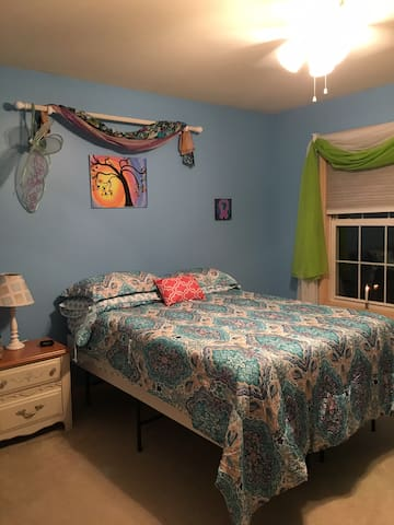 Timothy's Promise Bedroom in country