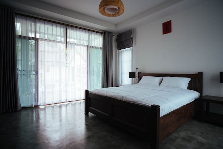 Relaxing Double Room @ Coconut Tree Homestay