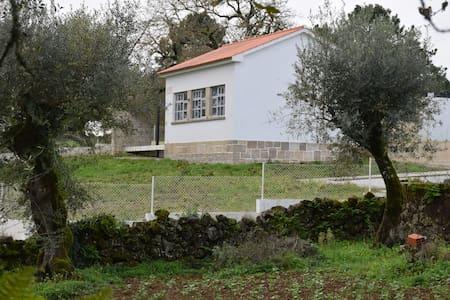 Casa de Alojamento Local de Casais da Granja - Sarzedela - Dům
