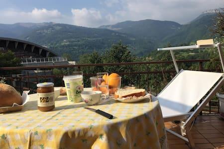 vacanza a Brentonico montagna e lago assieme