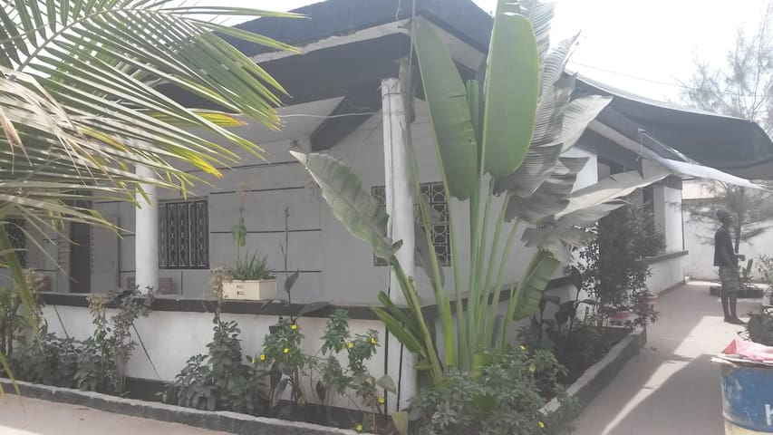 House sycounda in the city-center- apartement1 - Ziguinchor