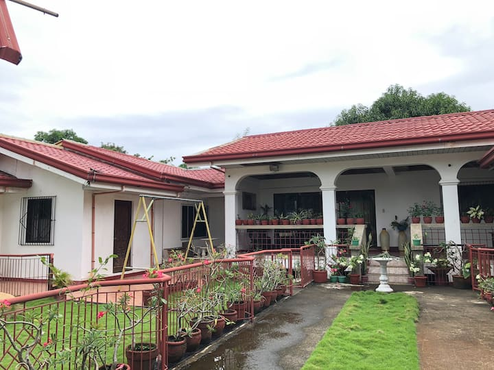 Masinloc House for Rent with Private Pool