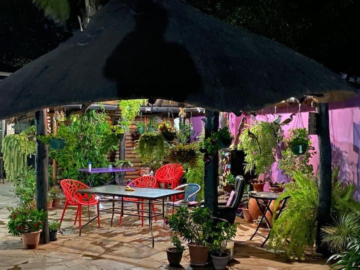 Lusaka's Lush Paradise - Safari cottage