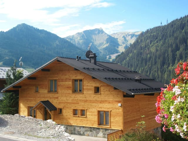Holiday apartment for 6 persons in Chatel