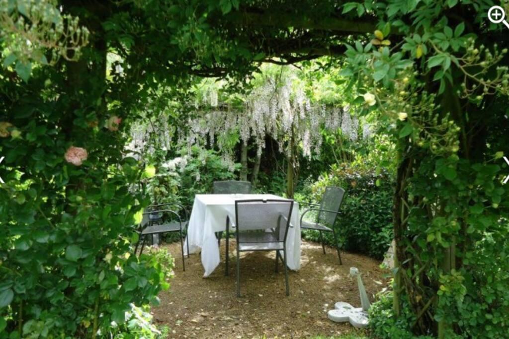 Salon au jardin