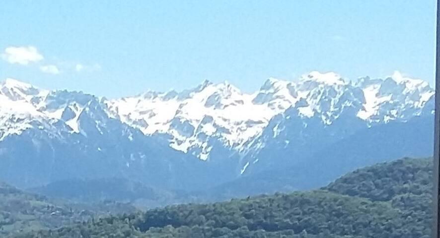 Charmant T3 calme soleil et vue - Grenoble - Huoneisto