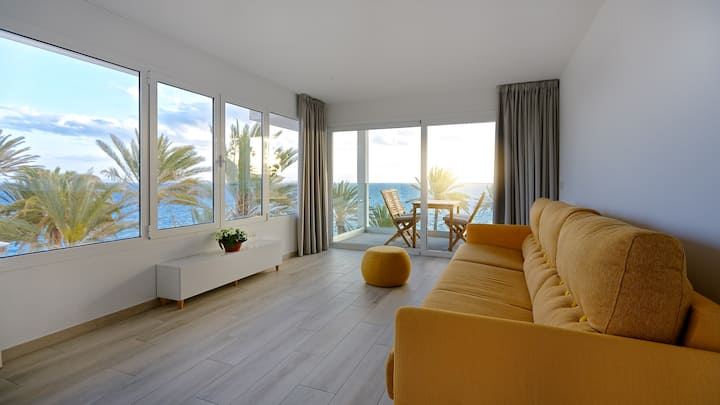 DevaBeach oceanview luxury apartament 1 bedroom