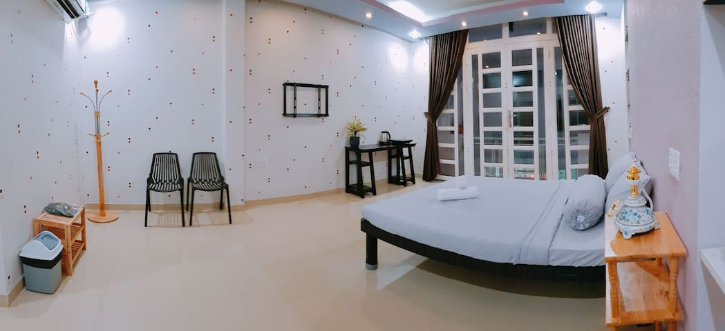 COZY STUDIO IN D1-5M TO BEN THANH MARKET W BALCONY