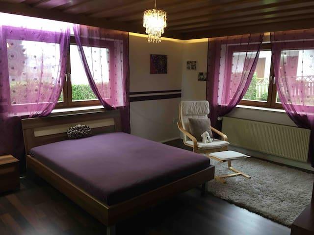 Günstiges Zimmer, gerne für länger.