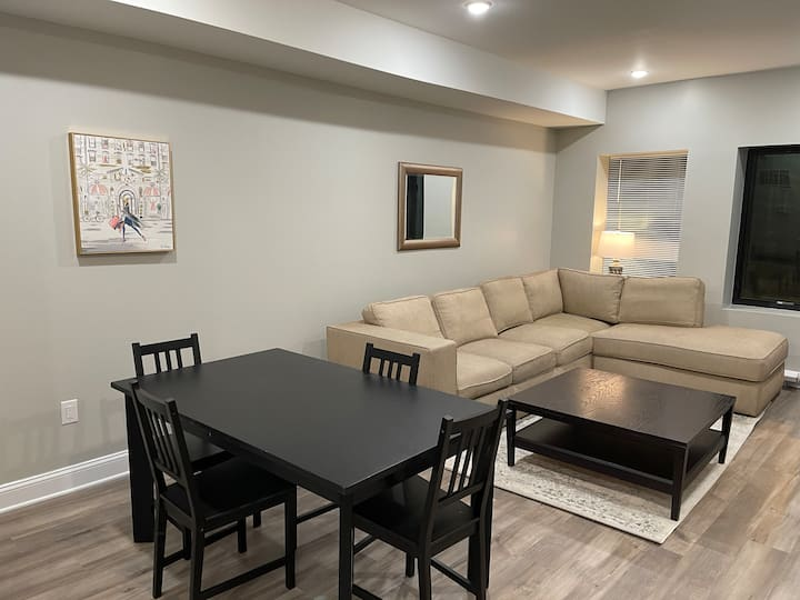 New 3 bedroom with backyard min from Center City.