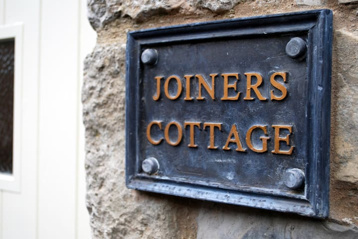 Joiners Cottage, Ashford in the Water Nr Bakewell