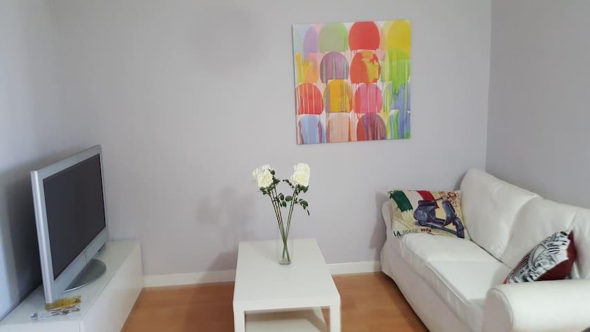Piso de tres habitaciones en barrio castizo de Mad - Madrid - Appartement