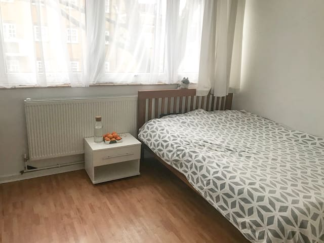Central Bright and Cozy Room @Euston and King's X