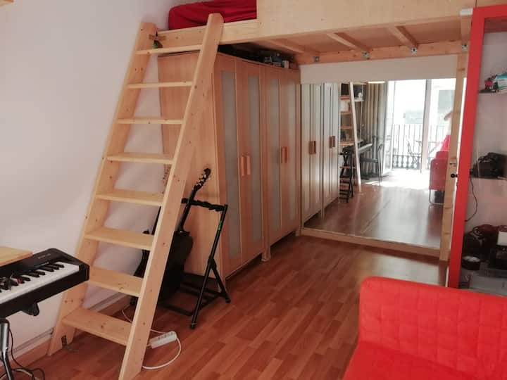 Double room in Barcelona Center with balcony!!!!