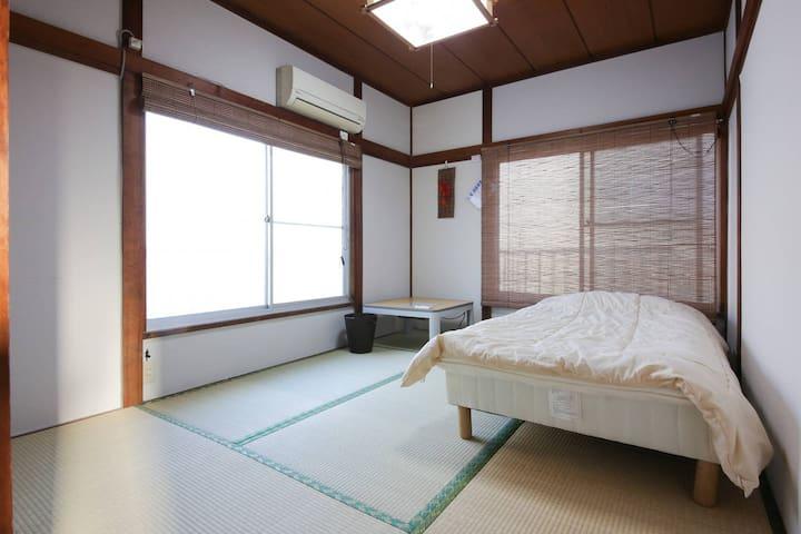 N1-202西荻窪駅から徒歩10分。新宿へ電車で約13分。和室 - 杉並区 - House
